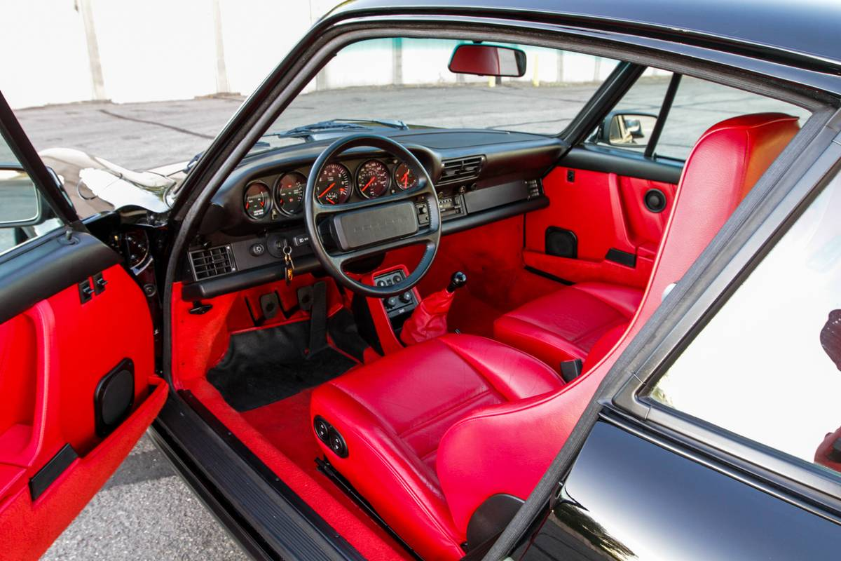 Extremely Low Mileage 1986 Porsche 930 Turbo Coupe Interior