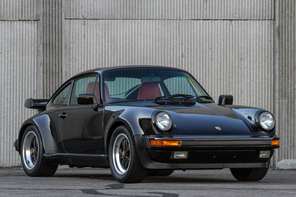 Extremely Low Mileage 1986 Porsche 930 Turbo Coupe Passenger Front