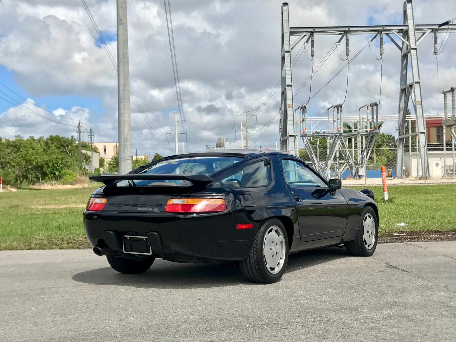 One Owner 1988 Porsche 928 S4 Rear